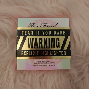 NWT Too Faced Limited Edition Highlighter